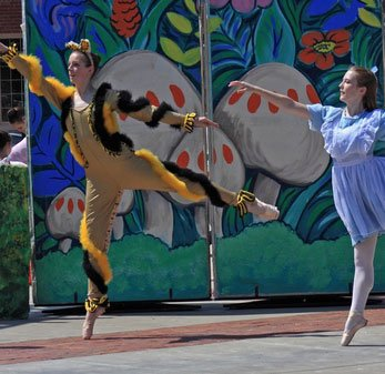 Home Ballet in the Park101 347x337